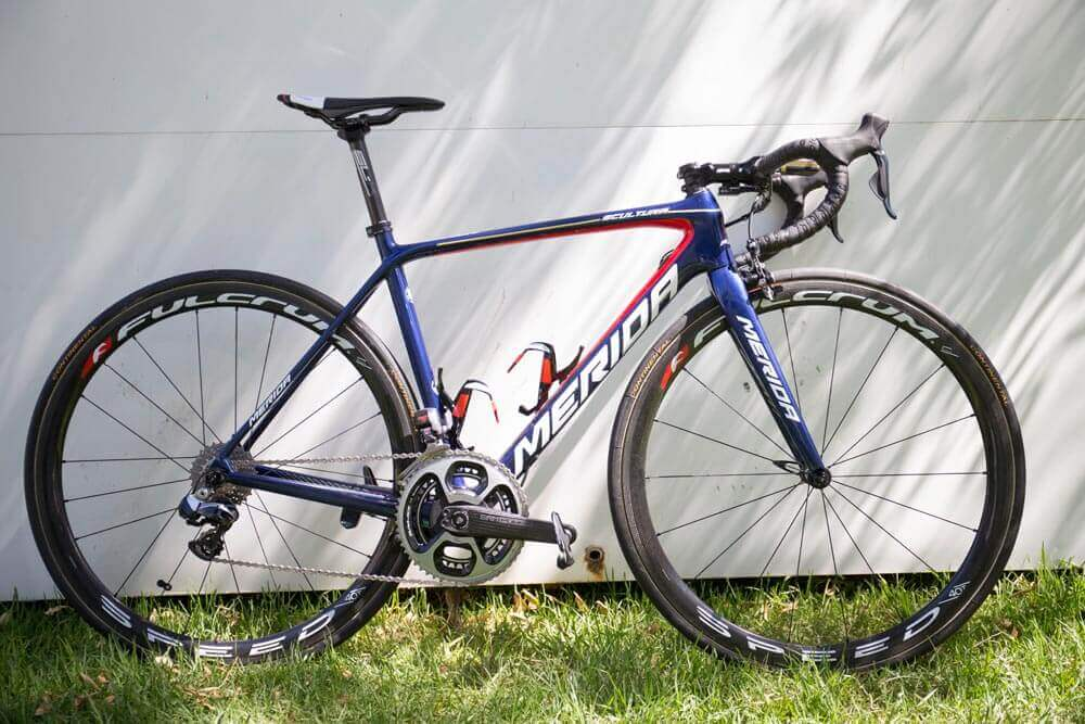 Bahrain-Merida-Team-Merida-Scultura-6000